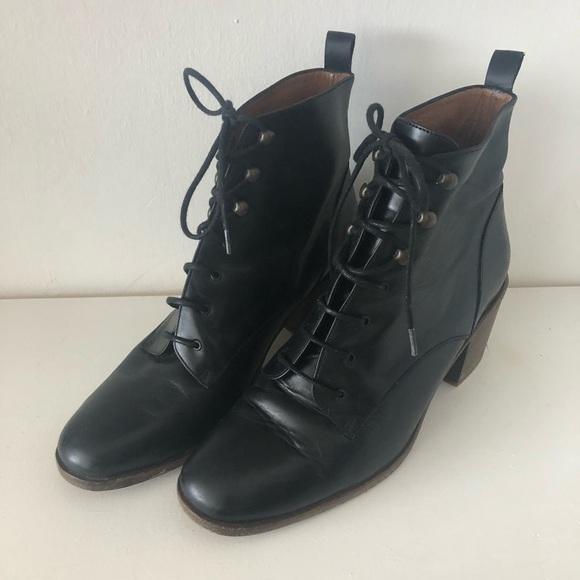 magasin en ligne enfant promotion Sessun Redmond Boots -- size 38 -- like new!